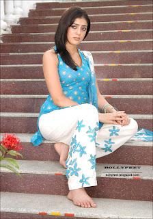 Bare feet Parvati Melton photo