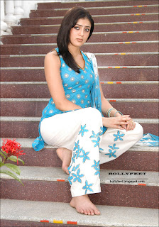 Bare feet Parvati Melton photo