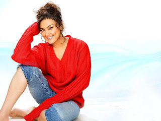 Cute Preity Zinta Wallpaper