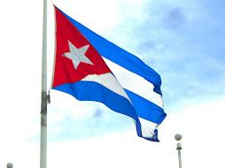 Himno Nacional y la Bandera de Cuba.