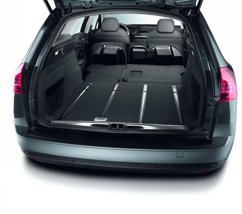The Citroen C5 inaugurates the new micro-hybrid technology that