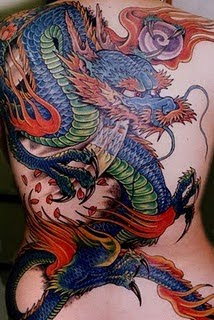 Tattoo Naga di Belakang Badan - Dragon Tattoo