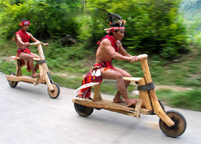 Foto Lucu - Flintstones Bicycle - Funny Photo