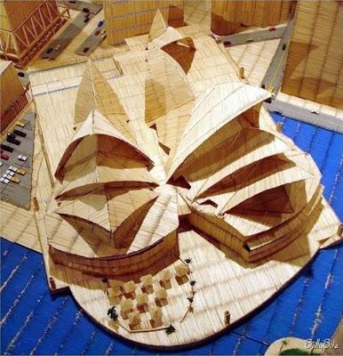 Miniatur Bangunan Dari Jutaan Tusuk Gigi