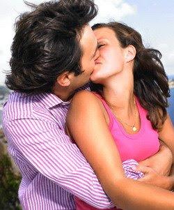 http://4.bp.blogspot.com/_FAvATBl6IPc/SiIry8lcs4I/AAAAAAAAAKY/ou1xuqijY2U/s320/ciuman.jpg