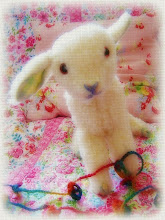 Misa Nishimura has a new blog! Visit dear Millie Meadowsweet and snuggle in with lambykins...