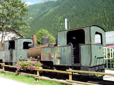 Antiguo tren de vapor en Chamonix