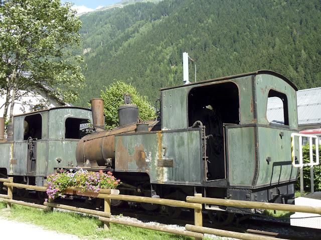 Antiguo tren de vapor en Chamonix