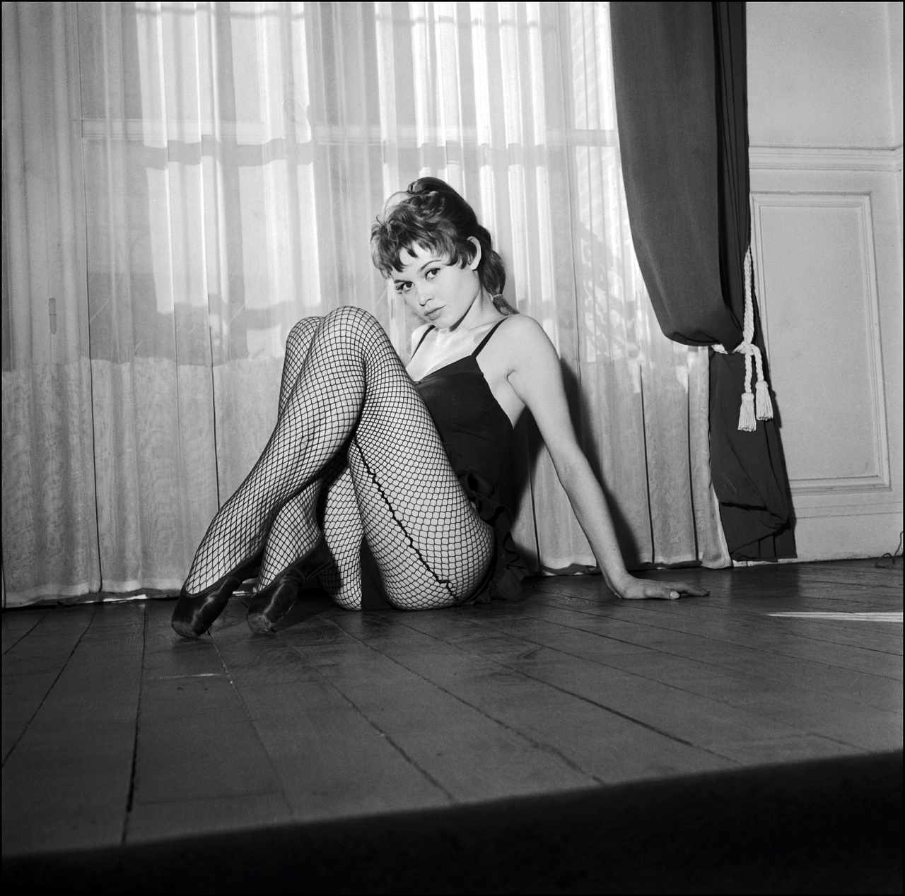 http://4.bp.blogspot.com/_FEkxtl1-FKs/THMAY7DrqFI/AAAAAAAAALg/M8imepj5oQc/s1600/Brigitte+Bardot_%27.jpg