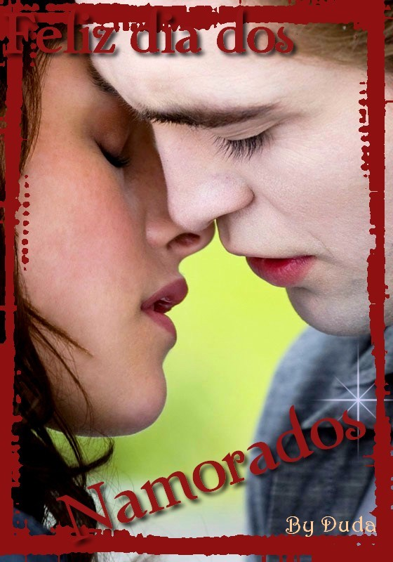 [new-moon-kiss-edward-bella.jpg]