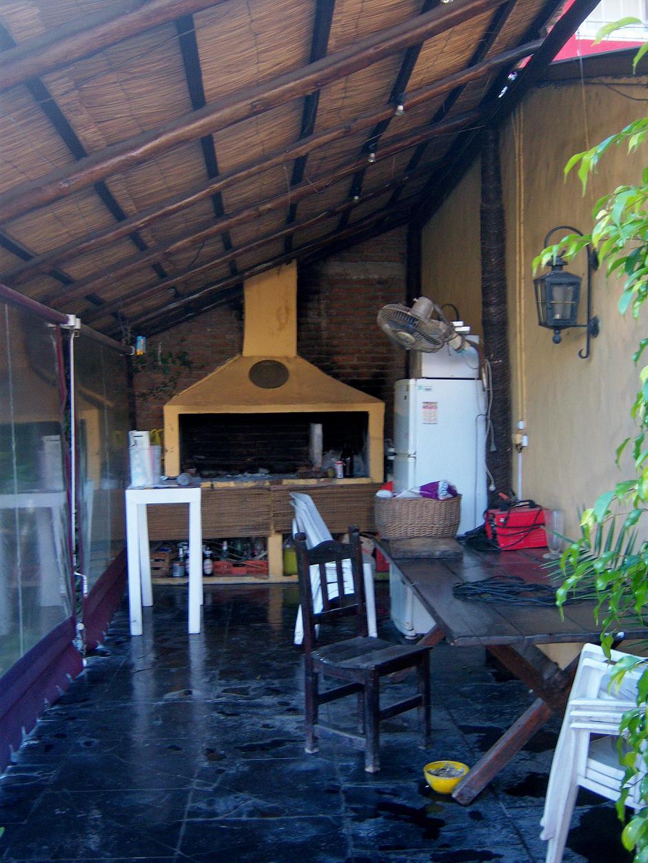 Taraborrelli propiedades for Quincho cocina comedor
