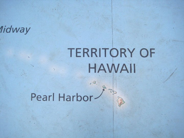 Going places aloha to hawaiis paradise 5 discover oahu floor map size map of the world with hawaii at the center gumiabroncs