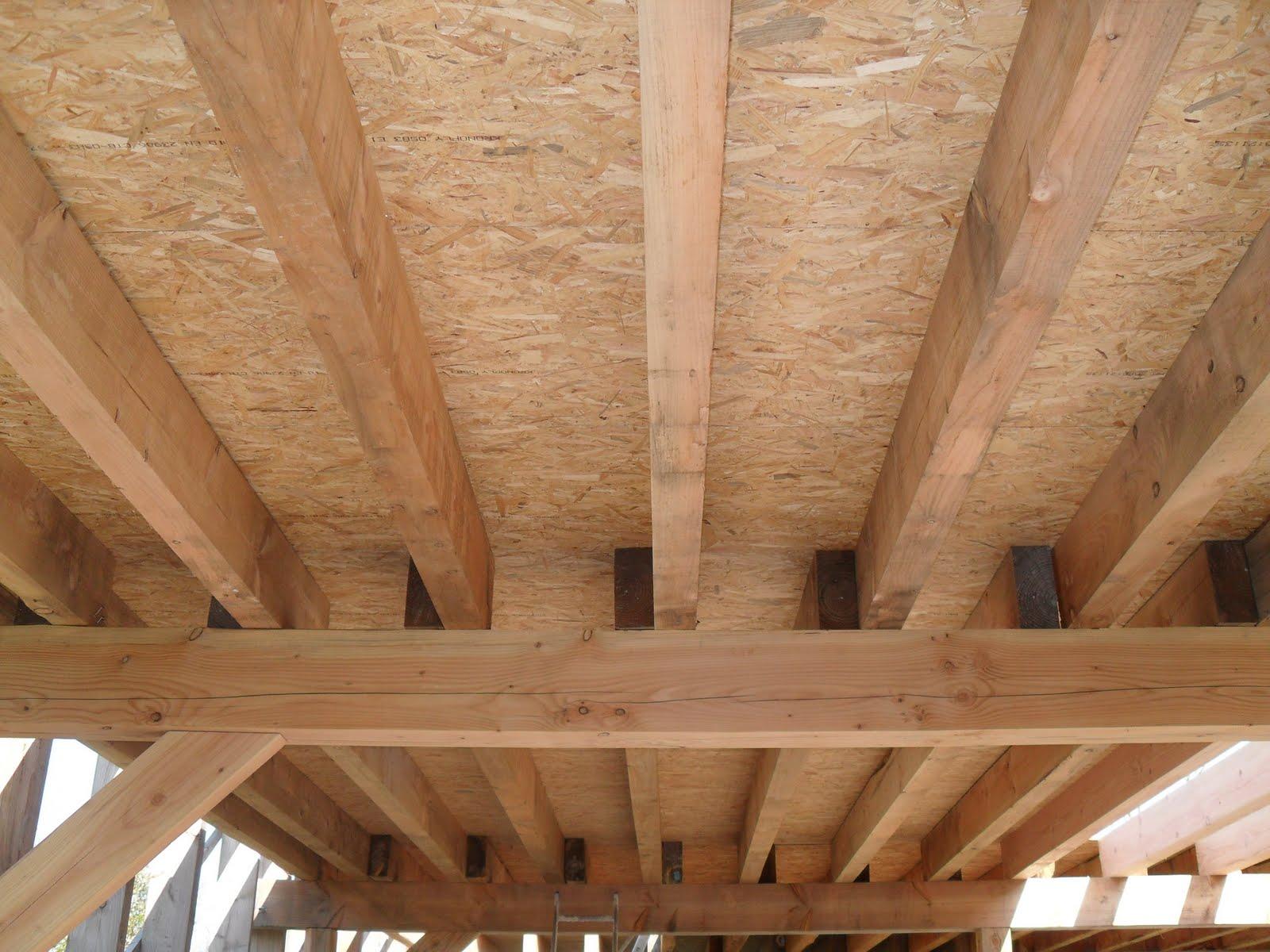 Paille aux perques 17 avril 2010 plancher osb fini for Peindre un plancher en bois