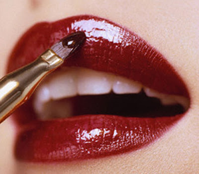 Maquiagem definitiva nos labios