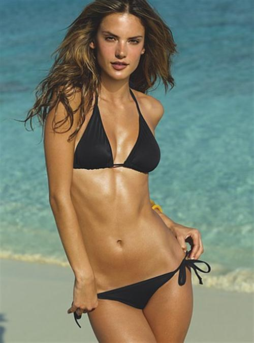 I want to go to the beach...: Great bikini bodies Alessandra Ambrosio