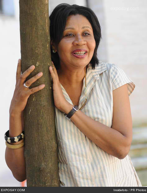 jamaica kincaids speaks through her writing essay Does jamaica kincaid write  who does kincaid represent does she speak for  clearly it is difficult to place her without a through analysis of.