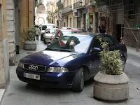 Quina gossera haver d'aparcar bé al carrer dels Serrans de València.