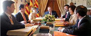 Del centre cap a l'esquerra: De España, Barrieras i Cabot