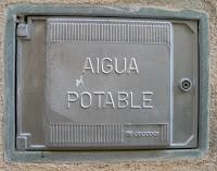 Dret a l'aigua en valencià