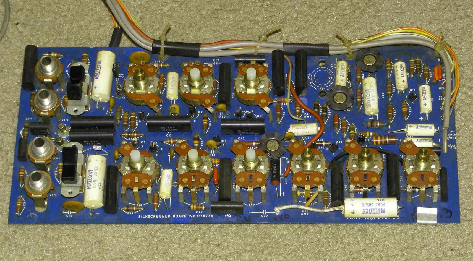 Grid Leak The Surprise Fender Deluxe 32 Watt Amplifier Preamp Has Fet First Stages And Is Very Well Designed