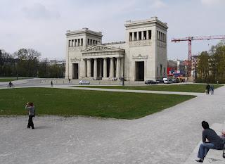 Propyläen München
