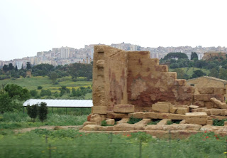 Bild 5: Asklepios-Tempel