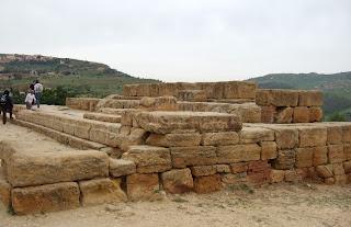 Bild 3: Altar Ostseite Hera- bzw. Junotempel Agrigent
