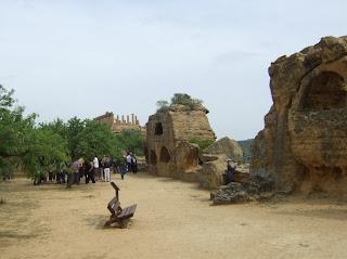 Bild 4: Arkosolen in der Stadtmauer beim Hera- bzw. Junotempel Agrigent
