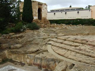 Bild 2: Südseite Museo Archeologico Regionale Agrigento mit Ekklesiasterion und Oratorium des Phalaris