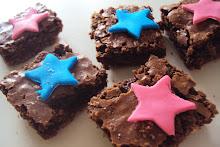brownies en composé los los trajes de los protagonistas!