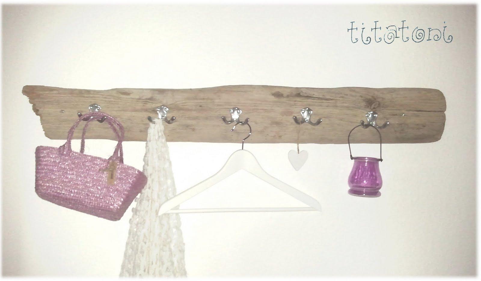 pin garderobe aus treibholz fotos muri on pinterest. Black Bedroom Furniture Sets. Home Design Ideas