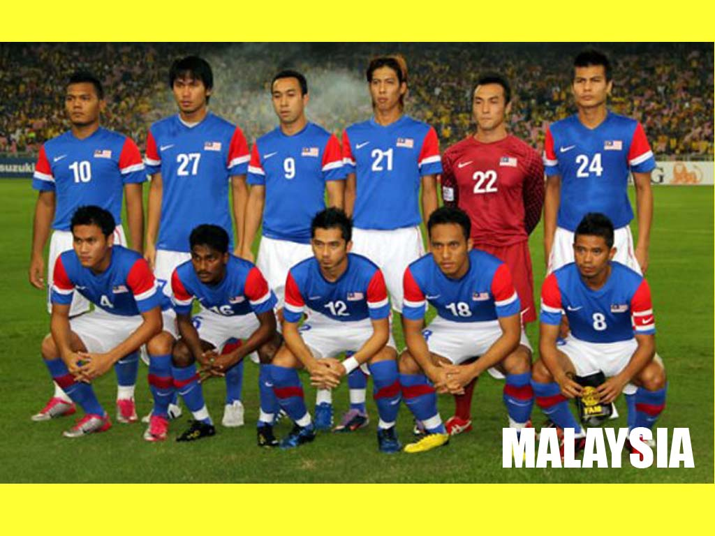 http://4.bp.blogspot.com/_FT9QhqR11GA/TSCxQXTIdzI/AAAAAAAAABM/QYSAPAXU3_U/s1600/malaysia+national+team-blue+jersey+wallpaper.jpg