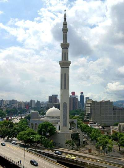 caracas muslim This article originally appeared on vice au luke cody chases crises as they unfold around the globe born in melbourne, he now travels the middle east, north africa, and ukraine.