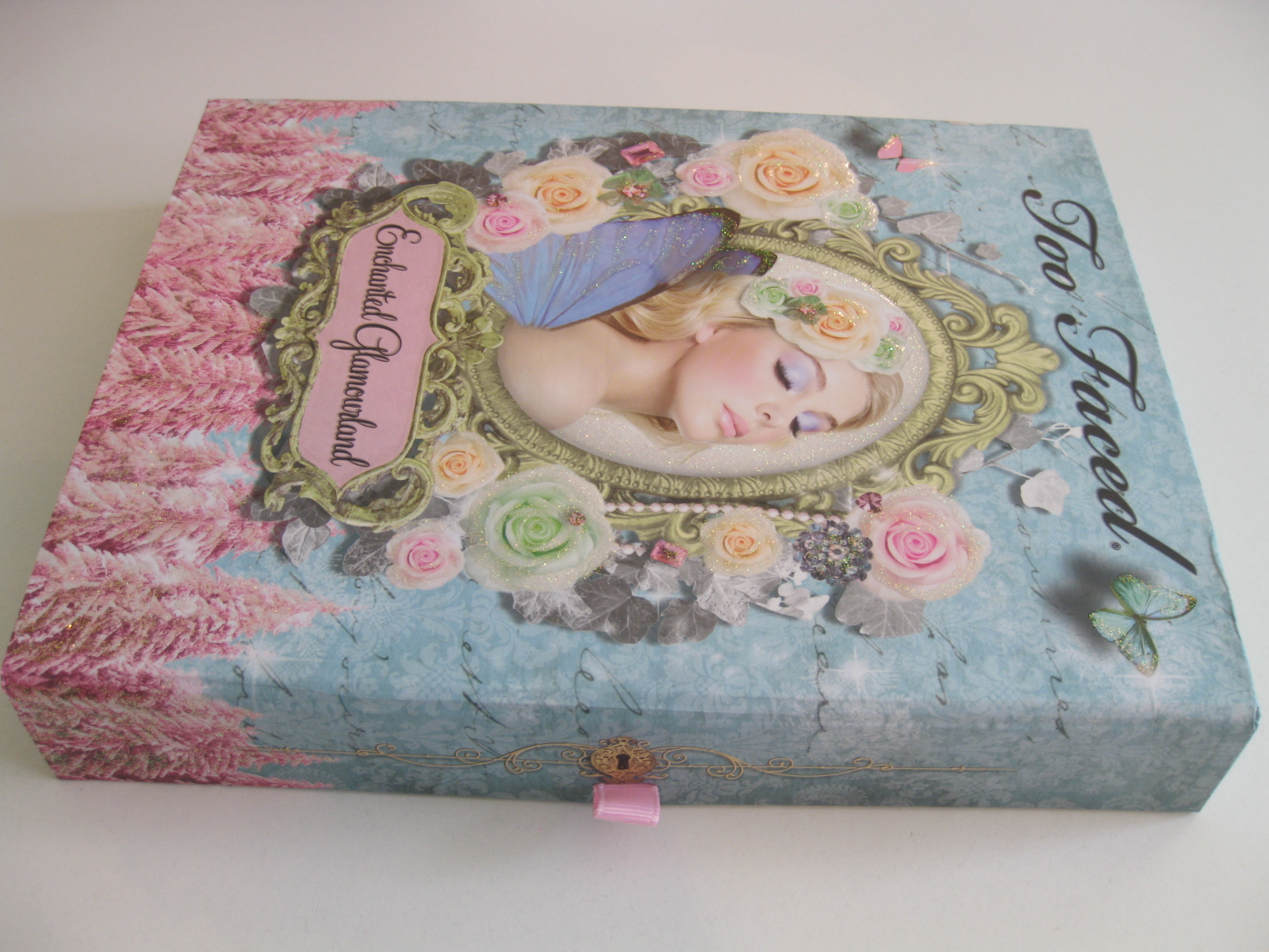 Pleasureflush: Too Faced Enchanted Glamourland review and