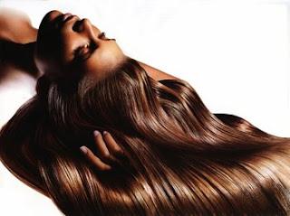Suna Dumankaya dan Saçların Çabuk ve Sağlıklı Uzamasını Sağlayan Bitkisel Formül