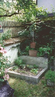 The tomb of Erik von Kuehnelt-Leddihn