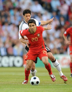 Deco+Ballack Ballack Loves Porsches and Playing Time; Only Gets Porsches