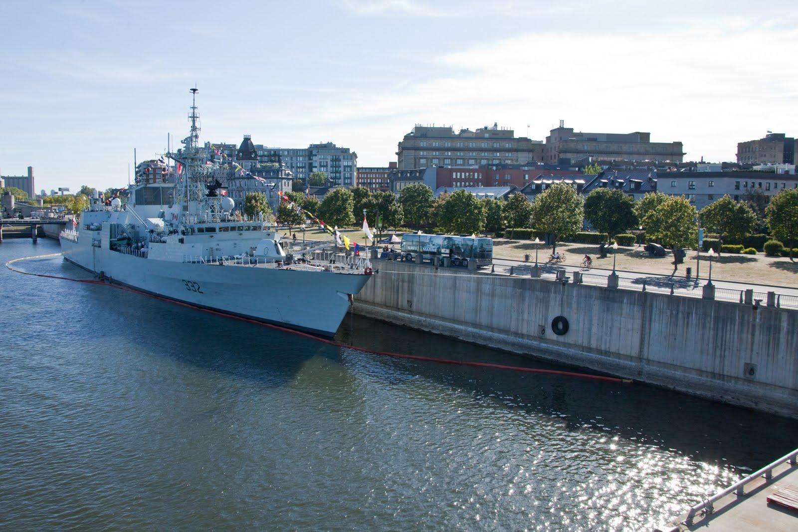Naval photos hmcs ville de quebec ffh332 for Cci montreal
