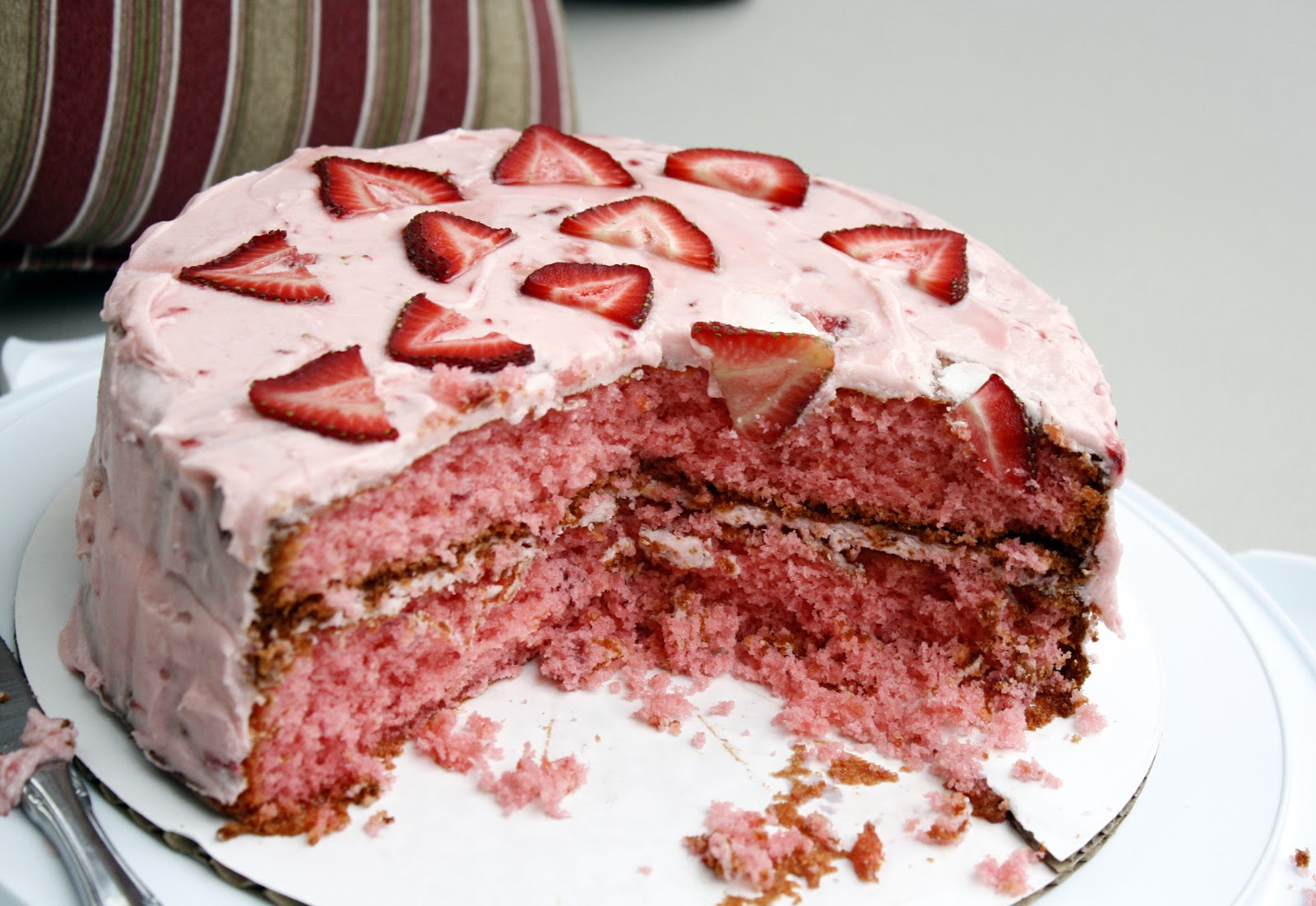 Strawberry Cake | What Megan\'s Making