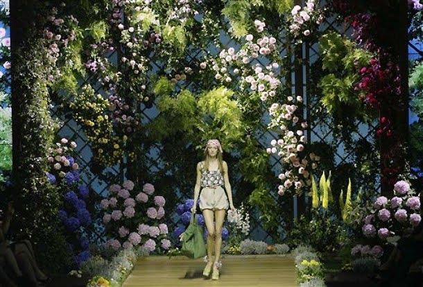 dg spring summer 2011 enchanted garden - Enchanted Garden