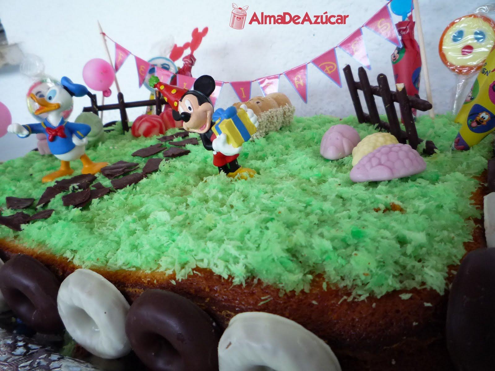 Alma de Azúcar: Tarta de cumpleaños de Mickey Mouse
