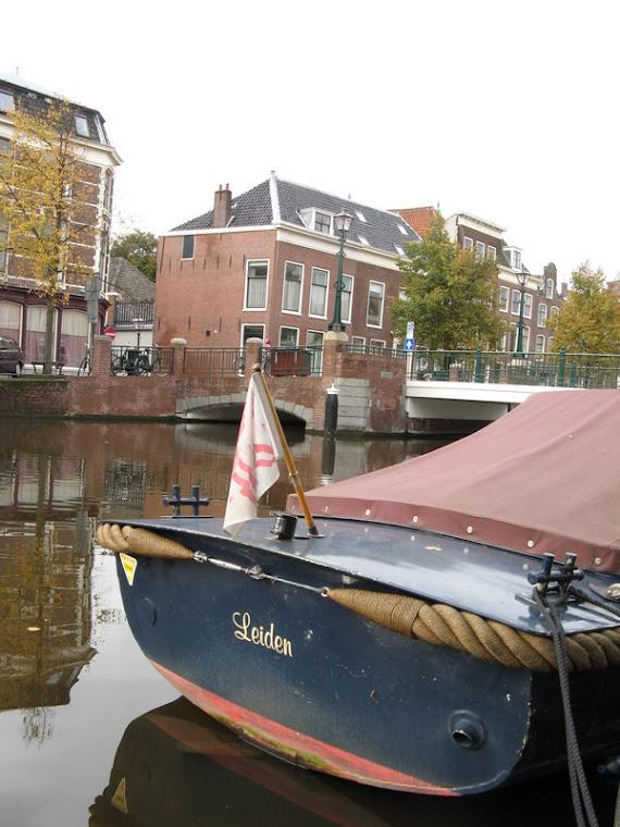 Barco en Leiden