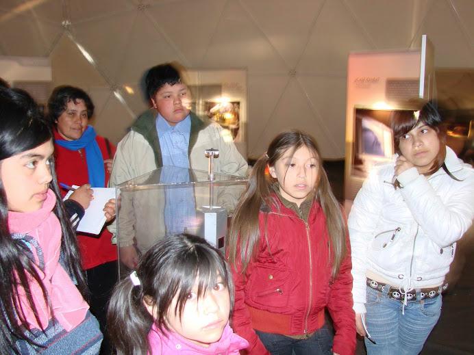 Al Interior de la Exposición EL UNIVERSO DE LA LUZ