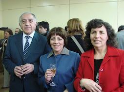 Don Heraldo Gutierrez, Directora Sra. Marita Larrañaga y Cecilia Ruiz, hija del Primer Director