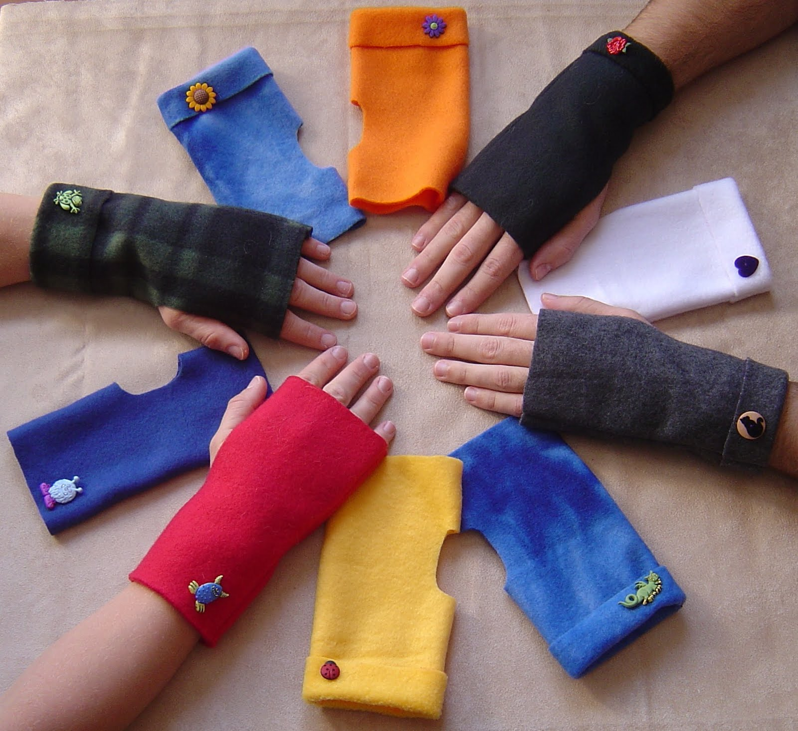 Energy of the Mind...from Artist to Triathlete: New Project: Wrist ...wrist warmers