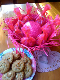 Hula Hat Cookie Presentation