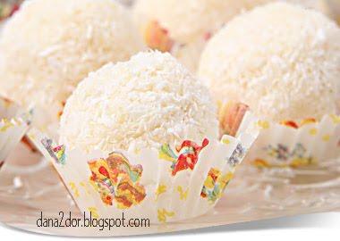 Articole culinare : Bomboane Raffaello - Homemade Raffaello Candy