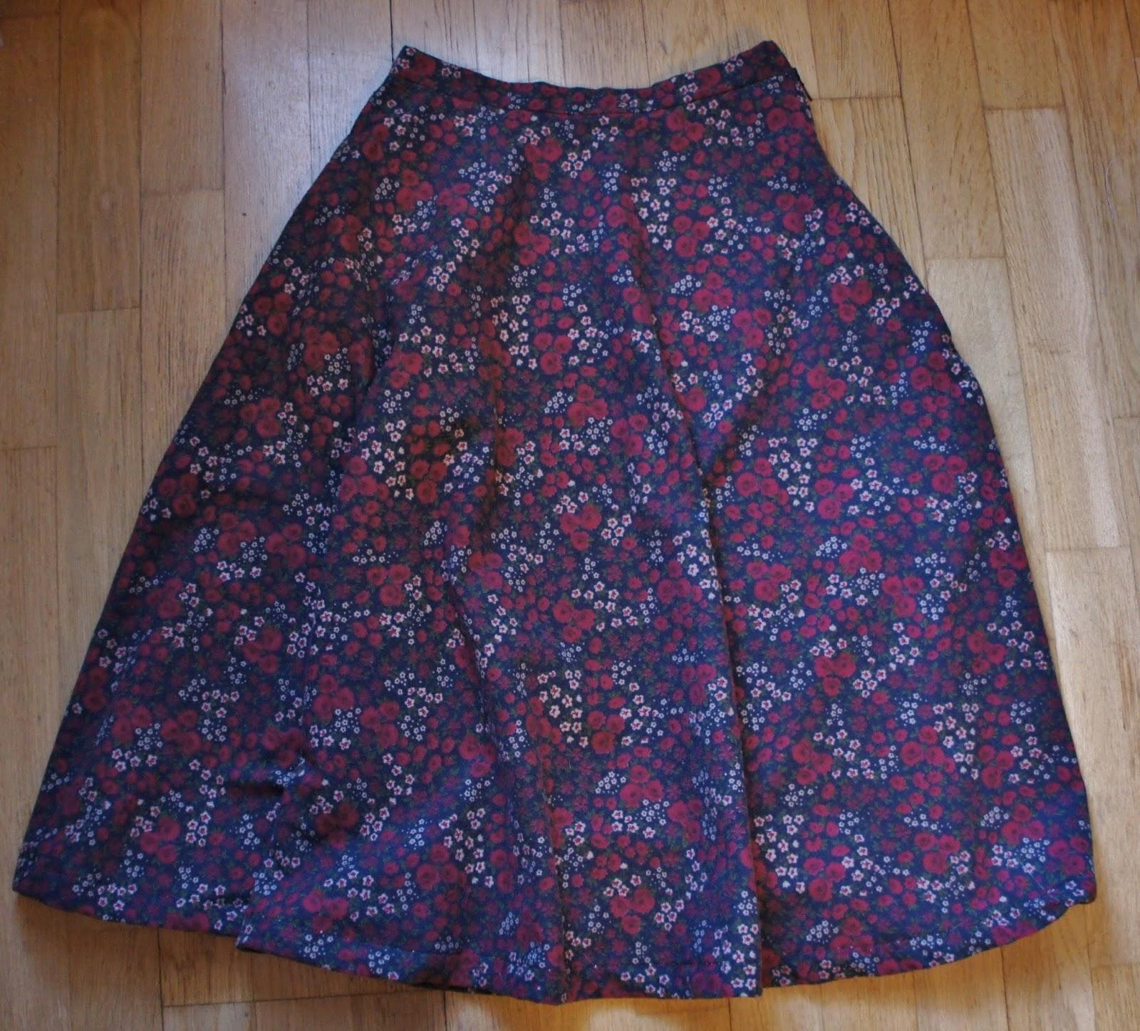 kjol till knäna