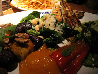 Gulfstream Restaurant, American, Bar, Bar and Grill, Corona del Mar, Gulfstream, Newport Beach, Orange Country Restaurants, Seafood, Seasonal Vegetables, Roasted Vegetables, Beets, Nuts, Bread