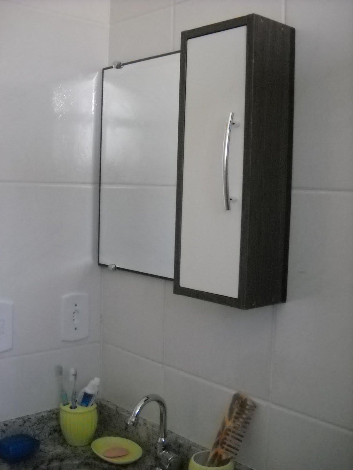 FR Design Móveis planejados: Armário com espelho para banheiro. #646640 1200x1600 Banheiro Acessivel Tamanho